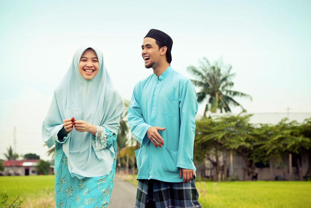 Perkahwinan di dalam Islam itu mudah, tetapi adat yang menyusahkan. [iKahwin]